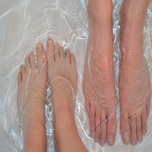 Homemade remedies for Cracked heels, homemade remedies for cracked heels,  cracked heels cure remedies