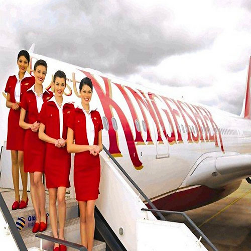 aim to become an air hostess If you do get hired on, you would either have to relocate to the airline's hub or  have a crash pad  i am a single mother of a 3 y/o and also a flight attendant  i' d actually advise against doing four years of college if being an f/a is your goal.