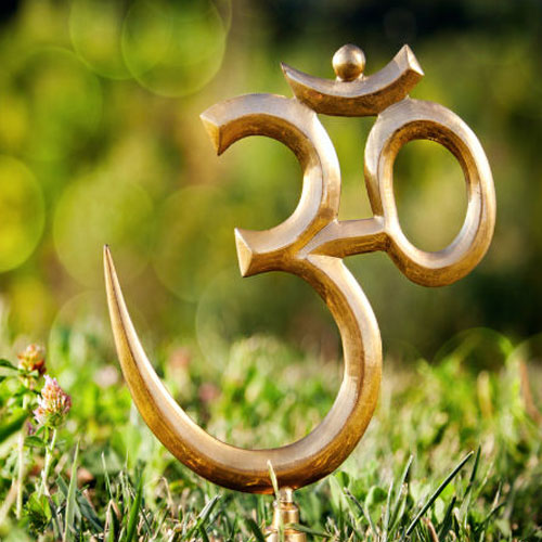Importance of 'Om' , importance of aum,  astrology,  numerology,  zodiac,  latest news,  ifairer,  significance of aum,  chanting aum