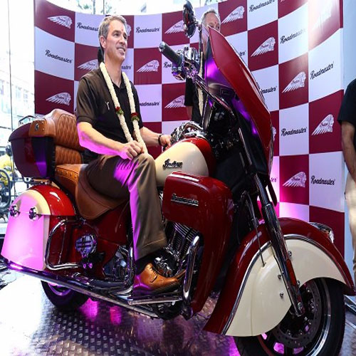 Indian Roadmaster and Chief Dark Horse Launched , indian roadmaster and chief dark horse launched,  today rolled out two new high-end motorcycles in the country,  indian roadmaster,  chief dark horse,  technology,  automobile,  ifairer