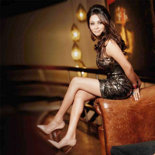 Interesting Facts About B'Day Girl Gauri Khan, interesting facts about bday girl gauri khan,  gauri khan,  gauri khan birthday special,  bollywood celebs birthday special,  happy birthday gauri khan,  bollywood celebs birthday congratulation,   facts about bday girl gauri khan,  ifairer