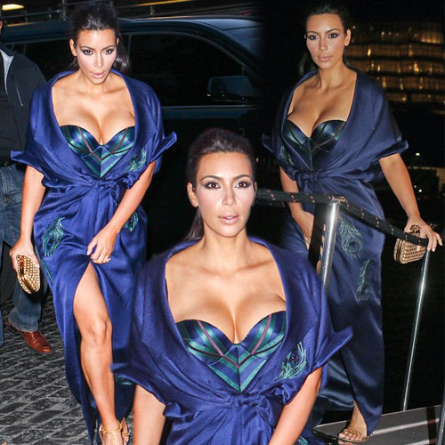 Kim stunning in most revealing outfit, kim stunning in most revealing outfit,  kim kardashian,  khloe kardashian,  hollywood news,  hollywood gossips,  latest news,  latest news of kim kardashian,  kylie,  kim,  kendall,  kourtney,  kris jenner