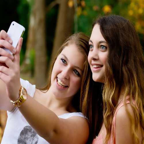 Selfie app Bestie enhances natural look, new selfie app bestie enhance your natural look,  new selfie app bestie,  technology,  gadgets,  ifairer