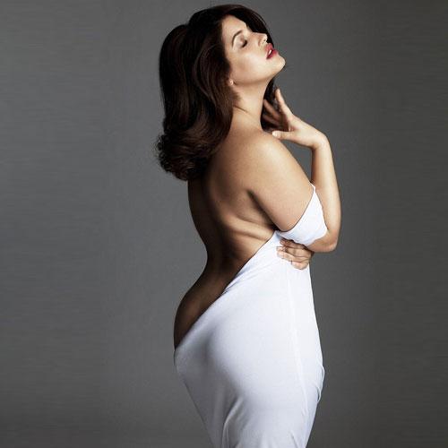 Curvy Nude Women 41