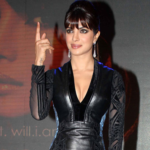 Priyanka Makes Singing Debut In Bollywood, priyanka chopra,  bollywood,  bollywood news,  bollywood masala,  bollywood gossip,  priyanka in singing,  dil dhadakne do,  mary kom,  ifairer