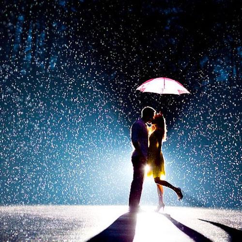 Romance in Rain, romance in rain, wayanad, valley of flowers, majuli,  monsoon destinations of india,  indian destination,  destinations,  travel ifairer,  3 romantic destinations in india,  3 monsoon romantic spots,  3 monsoon spots,  3 monsoon romantic destinations 3 ways to be romantic in rain