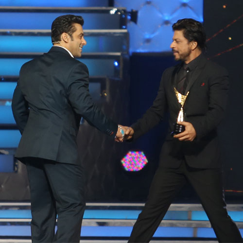 Salman will promote Shah Rukh's Happy New Year, salman will promote shah rukhs happy new year,  salman khan we will promote shah rukh khans happy new year,  happy new year,  salman khan,  shah rukh khan,  shah rukh khan upcoming movie,  bollywood news,  bollywood masala,  bollywood gossip,  latest bollywood news,  ifairer