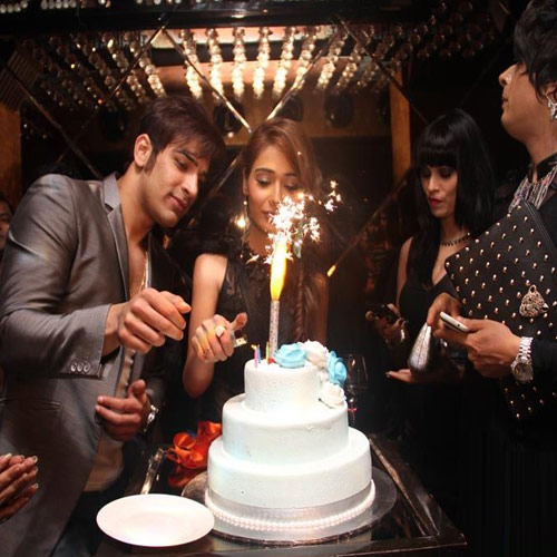 Sara Khan Birthday Bash, sara khan birthday bash,  birthday special,  birthday bash,  birthday special,  bollywood news,  sara khan birthday,  birthday of sara khan,  wishing sara khan a happy birthday,  ifairer wishes sara khan a prosperous birthday,  birthday wishes,  latest bollywood news,  bollywood news,  latest news,  entertainment,  entertainment news,  tv gossip,  ifairer,  birthday wishes for sara khan,  birthday party of sara khan,  party pics of sara khan,  pictoral birthday of sara khan