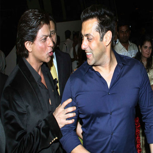 Shah Rukh and Salman dancing together 