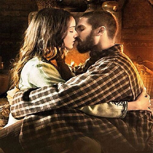 Shahid Kisses Shraddha: Haider, shahid kisses shraddha haider,  shahid kapoor,  shraddha kapoor,  haider,  shraddha kapoor upcoming movie,  shahid kapoor upcoming movie,  upcoming movie,  bollywood news,  bollywood masala,  bollywood gossip,  latest bollywood news