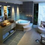Tricky ways to make a small bath look larger