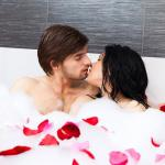 Tips to Romance in bathroom, make your love more spicy