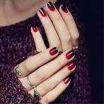 5 Tricky ways: Best nail polish colors for your skin tone