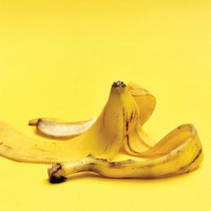 6 Ways to Use Banana Peels as Organic Garden Fertilizer