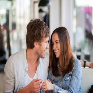 10 Things Guys don't like Girls to do during Lovemaking