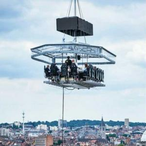 Fly dining adventure restaurant in Noida serves food 160 feet up in the air
