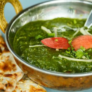 Spinach curry recipe: Rich in iron and minerals