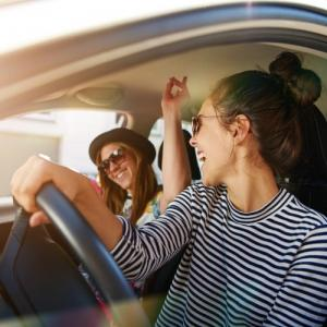 Study: Listening to music while driving reduces cardiac stress