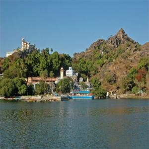 8 Beautiful places in Mount Abu, explore new places