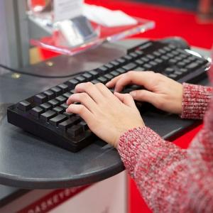8 Tips to enjoy typing even when you need speed and accuracy