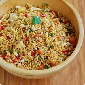 Make street style Bhel puri chaat at home