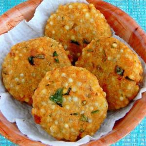 Recipe: Make sabudana tikki with aloo