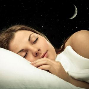 Lunar phases affect sleep and menstrual cycles, study