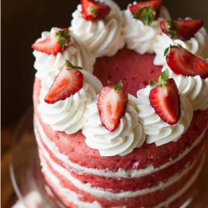 Recipe: Make Strawberry cake at home