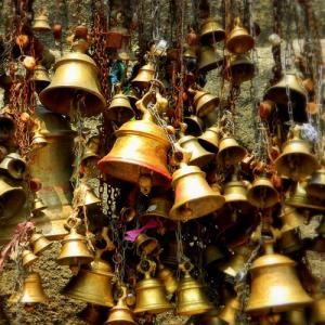 Importance of bells in Hindu Temple