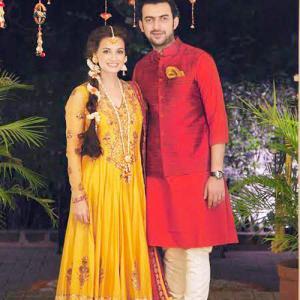 Dia Mirza Looks Gorgeous On Her Mehndi