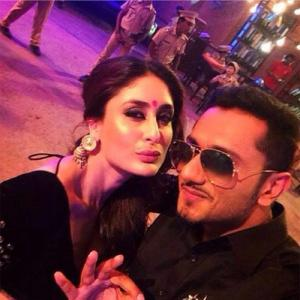 Kareena Pouts Selfie With Yo Yo Honey Singh!