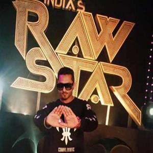 Yo Yo Honey Singh Injured!