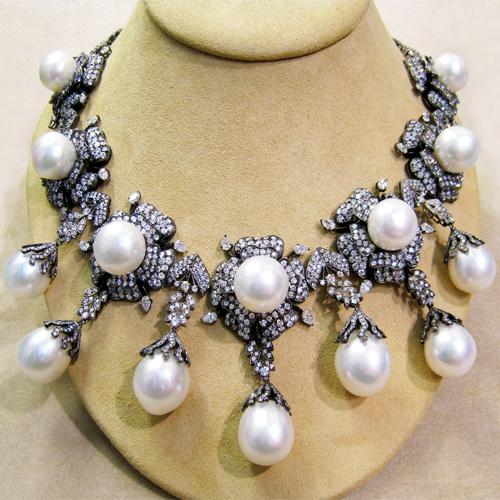 South Sea Pearls DIAMOND 18K Necklace , sea pearl and diamond 18k gold necklace,  south sea pearls and 41.35 carats of diamonds,  fashion accessories,  diamond neck-pieces