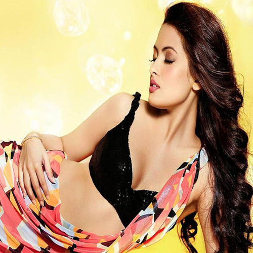 Strange Facts about B'Day Girl Riya Sen, strange facts about bday girl riya sen,  strange facts about riya sen,  unknown facts about riya sen,  intresting facts about riya sen,  bollywood celebs birthday,  general articles,  ifairer