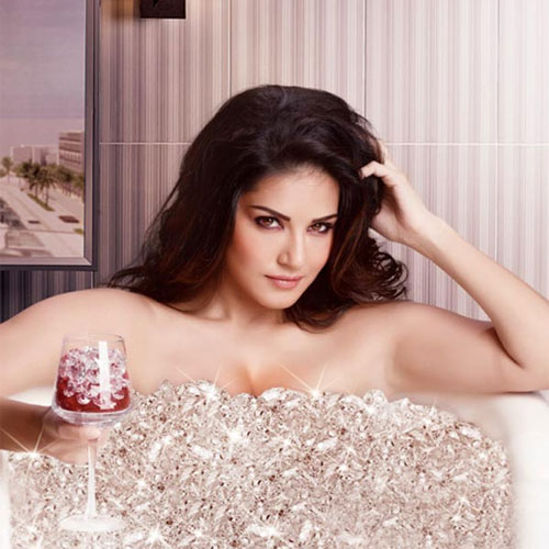 Sunny Leone's One Night Stand Starts, sunny leone one night stand starts,  sunny leone,  sunny leone upcoming movie,  one night stand,  bollywood news,  bollywood gossip,  latest bollywood updates,  ifairer