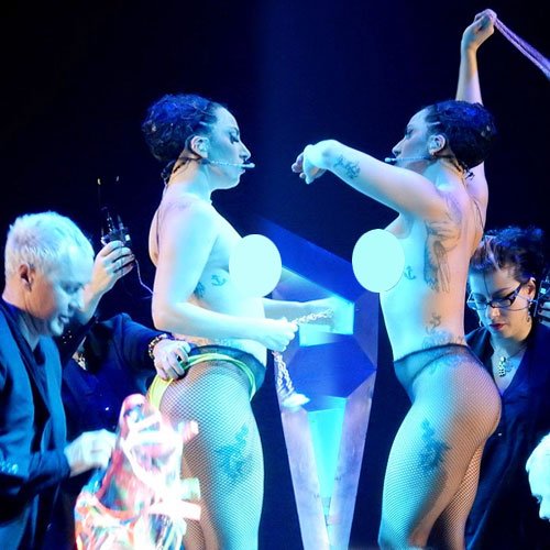 Topless lady Gaga hits the stage , topless lady gaga hits the stage,  hollywood news,  hollywood gossips,  latest news,  ifairer,  lady gaga