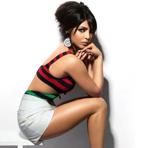Who surprised Priyanka Chopra?, priyanka chopra,  bollywood actress priyanka chopra,  mary kom,  bollywood news,  bollywood gossips,  latest news,  who surprised priyanka chopra,  priyanka chopra is surprised by whom,  why did priyanka chopra shocked
