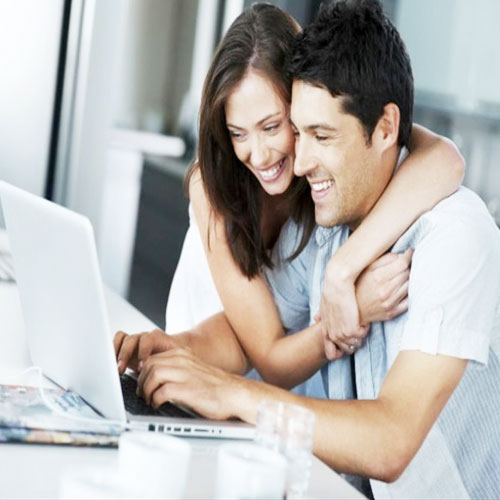Women LOVES Tech-Savvy MEN.., according to a study,  matrimonial website,   indian women are impressed by men who are tech-savvy,  tech savvy,  active on online ,  social media networking websites,  social media,  networking,  tech,  relationship